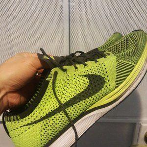 Nike Flyknit Racer Neon Yellow